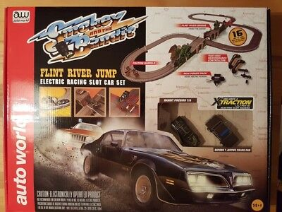 Autoworld SRS288 Rennbahn-Set Smokey and the Bandit komplett Neu & OVP
