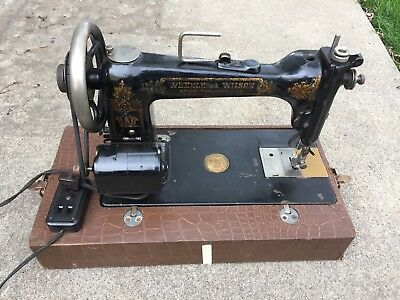 Antique Wheeler & Wilson Sewing Machine D-9 late 1800S Early 1900S Working