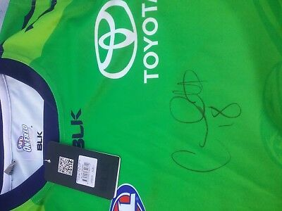 Adelaide Crows Eddie Betts Signed Guernsey Bnwt Size Large