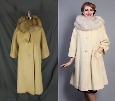 Vintage 1960's Lilli Ann  Ivory Wool Mohair & Fox Fur Collar Swing Trapeze Coat