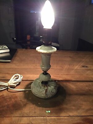Gorgeous Carmel Swirl Uranium Slag Glass Bedside Lamp In Excellent Condition!