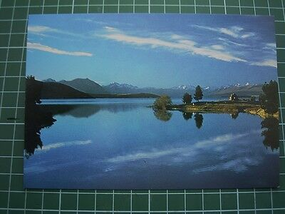 1980's  POSTCARD - Stunning Evening light over LAKE TEKAPO - NEW ZEALAND - NEW