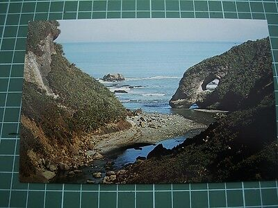 1980's  POSTCARD - HOLE IN ROCK - GREYMOUTH- NEW ZEALAND -COLOURVIEW WU228 - NEW