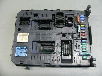 Peugeot 307 Fuse Box Indicators furthermore Peugeot 406 Fuse Box likewise Watch further 1984 Honda Magna Wiring Diagram besides Cigarette Lighter Fuse Location 2004 Durango. on fuse box diagram peugeot 306
