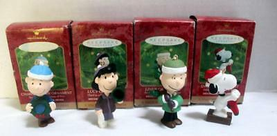 """4 Hallmark """"A Snoopy Christmas"""" Ornaments Charlie Brown Linus Lucy Snoopy, Boxes"""