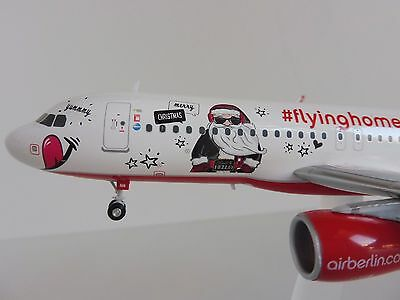 Air Berlin FLYING HOME FOR CHRISTMAS Airbus A320 1/200 Herpa 558150 airberlin