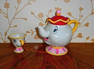 """From Beauty & The Beast Mrs Potts & Chip 2 Toys Mrs Potts Teapot """"talks"""" Red Top"""