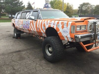 1987 Lincoln Continental  Lincoln lifted limo