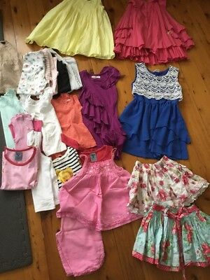 24 Girl Bulk Clothes Sz 2 3 4  Girls Shoes Sandals Havaianas Sz 11 USA 29 EUR