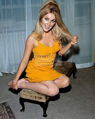 Actress Sharon Tate - 8X10 Publicity Photo (Op-876)
