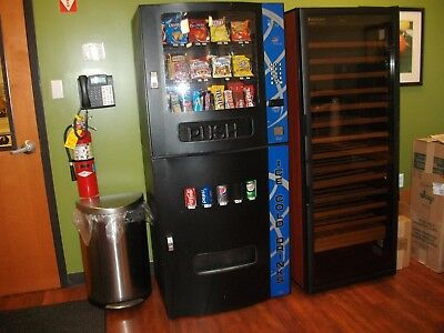 Seaga HF3500 combo soda snack vending machine