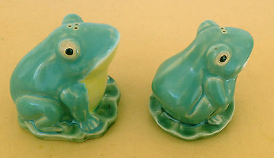 Larger Pottery Frogs On Lily Pads Salt & Pepper Shakers