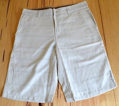 O'Neill Mens Casual Walk Shorts - OFF WHITE - SIZES -  28,30 ,31 & 32 - NEW