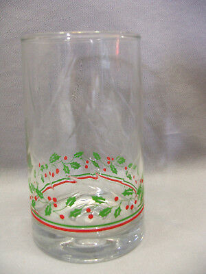 Vintage Arbys Christmas Collection Holly Berry Leaf Flat Dimple Bottom Glass