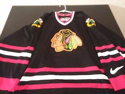 more photos 689f9 731e5 LARGE VINTAGE NIKE NHL Chicago Blackhawks Jersey