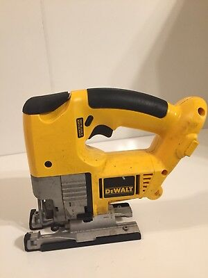 Dewalt jigsaw 18v dw933 cordless variable speed toolbattery dewalt dw933 18v nicd cordless variable speed jig saw bare tool greentooth Image collections