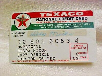 Rare Vintage 1962 Texaco Service Gas Station Plastic Credit Card Red White Green