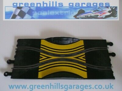 Greenhills Scalextric Classic Track Skid Chicane Yellow Markings PT/78, C178