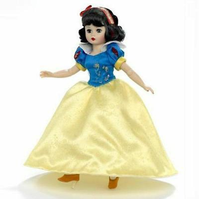 "Snow White 10"" Doll, Disney Showcase by Madame Alexander"