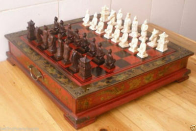 Collectibles Vintage 32 chess set with wooden Coffee table