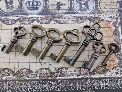 Vintage Style Open Barrel Skeleton Key Furniture Cabinet -Assorted (Set of 7)New