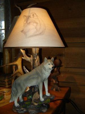WOLF WOLVES TABLE LAMP  Lodge Log home Cabin Hunting