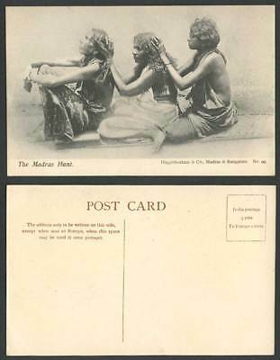 India Old Postcard Madras Hunt, Native Women Hunting for Lice Louse, Ethnic Life