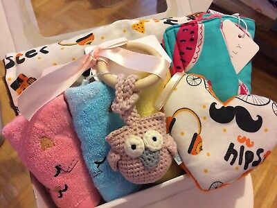 Baby; Gift box; Baby shower; Baby pillow; Baby blanket; Minky; Teething ring;
