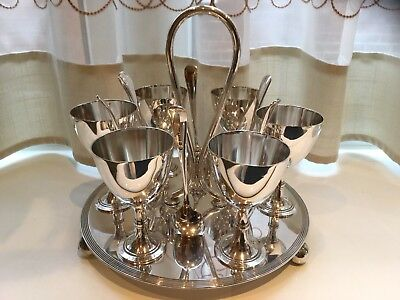 Lovely Vintage Fairfax And Roberts Ltd Silver Plated Egg Cup Holder And Spoons