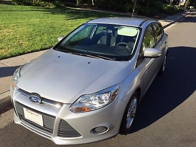 2013 Ford Focus  ilver 2013 Ford Focus SE Hatchback - Great Condition