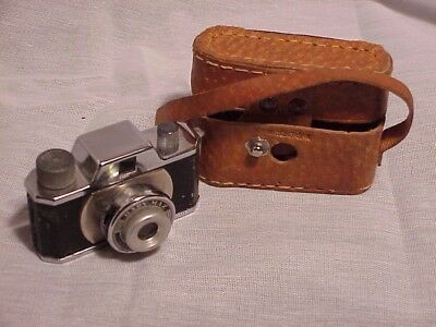 Vintage Baby Max Spy Camera Circa 1950's with leather case Japan Free Ship