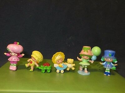 "VINTAGE Strawberry Shortcake Miniature PVC 2"" Lot of 10 Figurines Toppers"