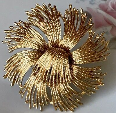 cdf8471b610 Vtg Signed MONET Brooch Pin LG Abstract Spray Gold Tone Gold Plate Retro  MINT