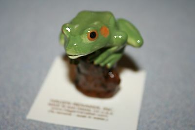Hagen Renaker Tree Frog On Stump Figurine Miniature Gift New Free Shipping 03364