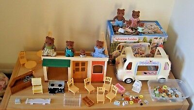 sylvanian families boxed ice cream van,hamburger restaurant,figures,accessories