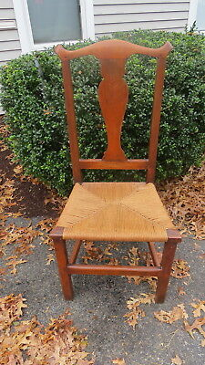 Antique Chippendale  18 th century  Country side chair