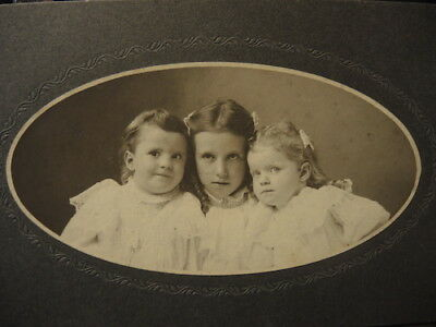 J.j. Williams Cabinet Photo,dated, Will Known Rowat Family, 1902 / 1904