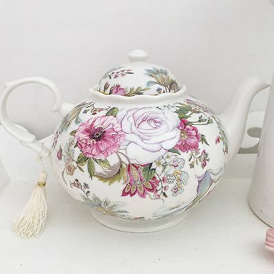Vintage Style Chic Antique Pink Rose Fine China Teapot Gift Boxed Wedding Home