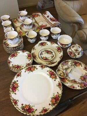 Royal Albert Old Country Roses Tea Dinner service - select items - all 1963-1972