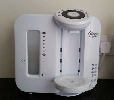 Tommee Tippee Perfect Prep Machine in white (makes babies bottles 2 mins) vgc