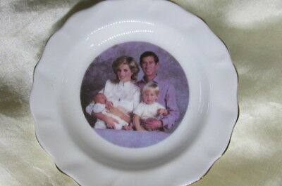 Royal Winsor Pin Dish Of Lady Diana , Prince Charles And The Two Boys