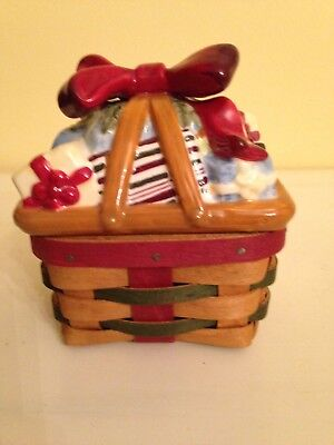 Longaberger 2006 Little Gifts Basket w/ protector & Pottery Lid