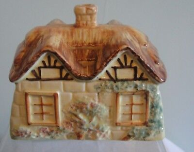 Vintage Cottageware Cheese/Butterdish missing the base