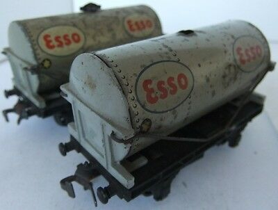 HORNBY DUBLO 2 or 3 rail  tankers 'ESSO' x 2