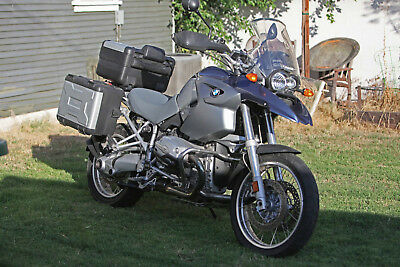 2005 BMW R-Series  2005 BMW R1200GS Exc cond with accessories worth $3-4K