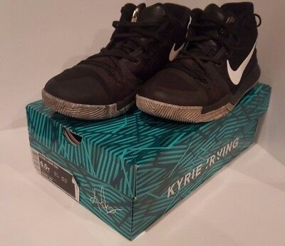 Kyrie 3 BHM Boys Basketball Shoes Size 6.5 Youth