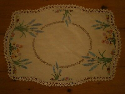 Pretty vintage embroidered doiley with crochet edge, cottage flowers