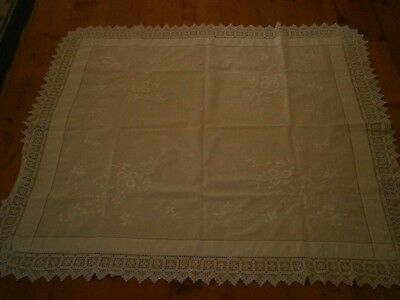 Superb antique tablecloth, embroidered white, wide lace edge 118 cm