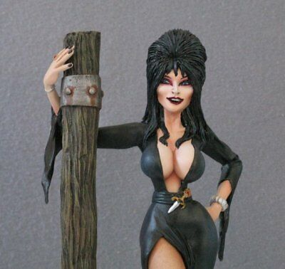 Wicked Elvira - Sexy Resin Model Figure Kit – Wicked Witch