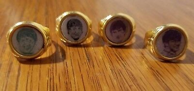 THE BEATLES - FOUR Vintage Gold-colored Flicker Rings Gumball Prize - Hong Kong